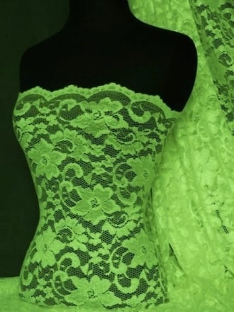 Lace Scalloped Floral Stretch Lycra Fabric- Kelly Green Q615 KGR