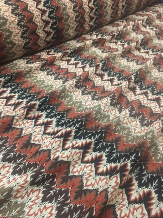 20 METRES 100% Polyester Knit Scalloped Edge Stretch Material Job Lot Bolt- Aztec Rust/Multi JBL17 RST