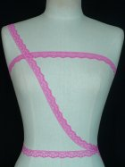 3 Metres Hot Pink Scalloped Cotton Trim