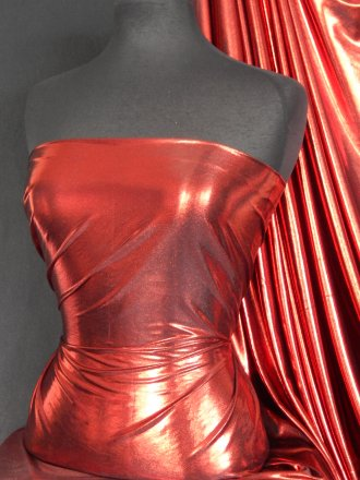 Metallic Foil Lamé Material- Red On Black Q325 RDBK